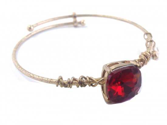 Red Square Stone Wire Wrap Hook Wire Bracelet