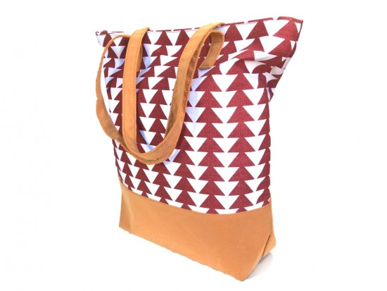 Red White Triangle Pattern Tote Bag