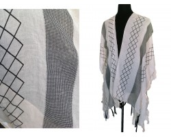 Beige Geometric Pattern Tassel Kimono