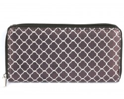 Black White Quatrefoil Pattern Vinyl Clutch Wallet