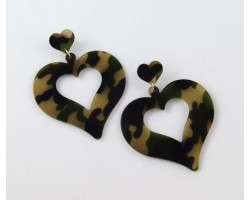 67mm Camouflage Heart Post Earrings