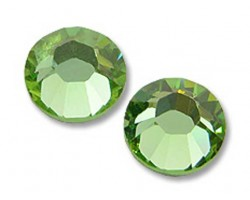 16ss 2028 Peridot Flat Back China Crystals 10gro