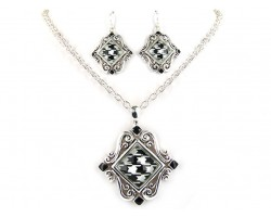 Houndstooth Square Silver Chain Necklace