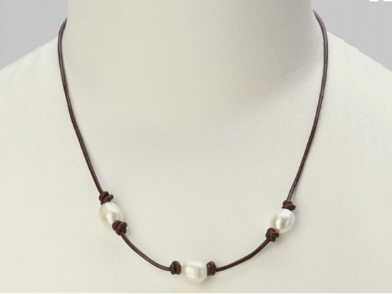 Pearl 3 Leather Necklace