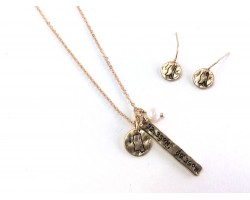 Gold Mississippi Coordinate Necklace Set
