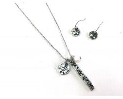Silver Kentucky Coordinate Necklace Set
