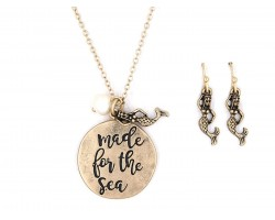 Gold Made For The Sea Necklace Set