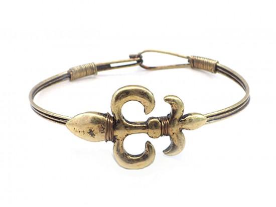 Gold Fleur De Lis Wire Wrap Hook Bracelet