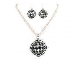 Houndstooth Round Silver Chain Necklace Set